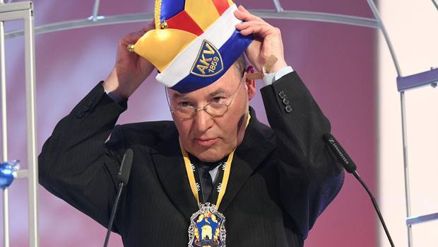 Gregor Gysi erhält den Aachener Orden wider den tierischen Ernst