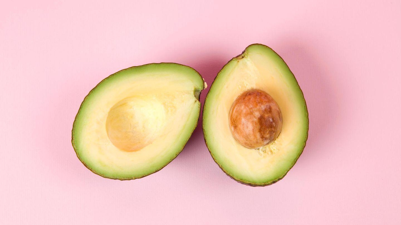 Avocado  Sie schmeckt in Salaten, auf Toast oder im Sandwich. Das Problem der Avocado aber: Sie oxidiert und wird dann schnell unansehnlich braun. Daher ist braune Avocado auf Toast nicht die beste Wahl fürs Frühstück im Hotelbett.