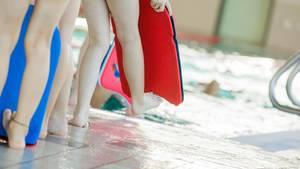 Nachrichten aus Deutschland: 12-Jähriger stirbt beim Schwimmunterricht