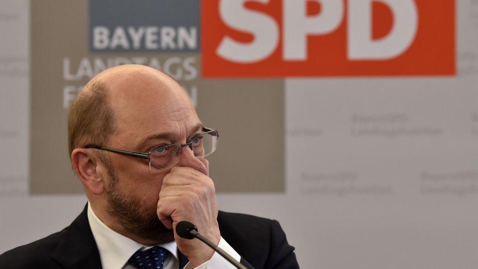 """SPD: Neues Umfragetief nach """"Zickzackkurs"""" der SPD in GroKo-Poker"""