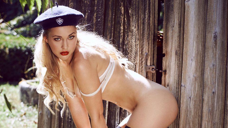 Bachelor-Kandidatin Svenja im Playboy November 2015