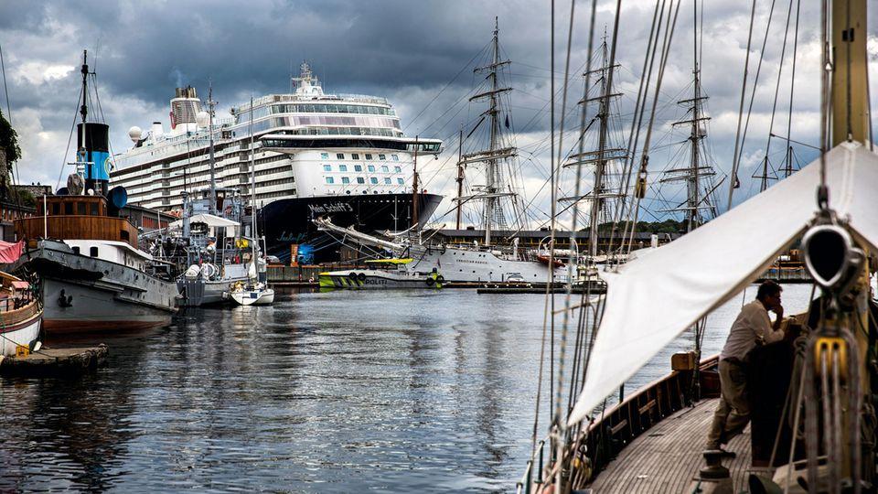 """Die """"Mein Schiff 3"""" im Osloer Hafen"""