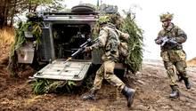 Soldaten bereiten sich vor