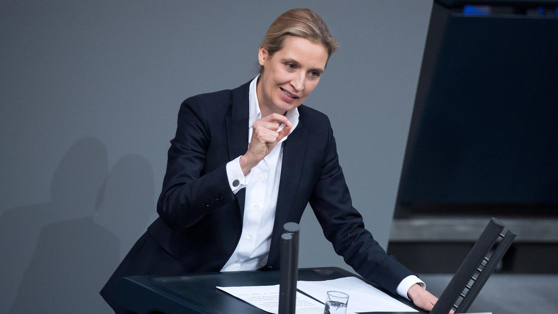 Alice Weidel, Vorsitzende der AfD-Bundestagsfraktion, spricht bei der Plenarsitzung des Deutschen Bundestages anlässlich des 55. Jahrestages des Élysée-Vertrages in Berlin