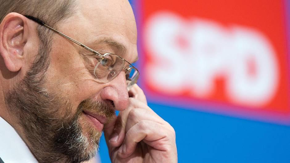 Umfrage: 32 Prozent der Deutschen für Bildung einer GroKo