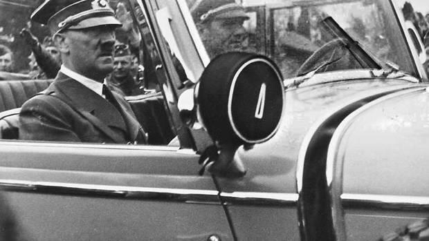 Hitlers Chauffeur Kempka orderte den Einbau von Panzerplatten an.