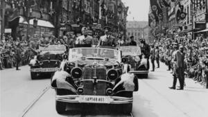 Hitler und Mussolini fuhren in Wagen mit der Nummer 189744 durch München.