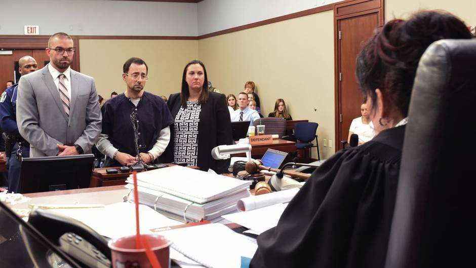 Larry Nassar vor Gericht: Sexueller Missbrauch: So erbärmlich verteidigt sich der Ex-Teamarzt der US-Turnerinnen