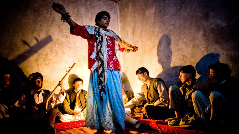 In der Männergesellschaft Afghanistans werden Knaben als Prostituierte gehalten - häufig gegen ihren Willen