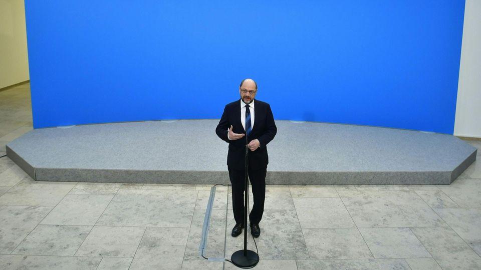 Alle Augen auf Martin Schulz: Warum der SPD-Parteichef nun (erneut) in einer Zwickmühle steckt