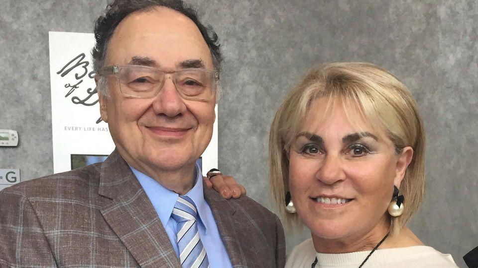 Barry Sherman (l) und seine Ehefrau Honey