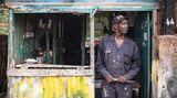 ROLAND BROCKMANN - REAL PEOPLE OF EAST AFRICA Text und Fotografie von Roland Brockmann.  18,00 Euro