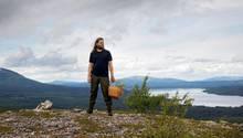 Mit dem Korb geht Magnus Nilsson auf Streifzug