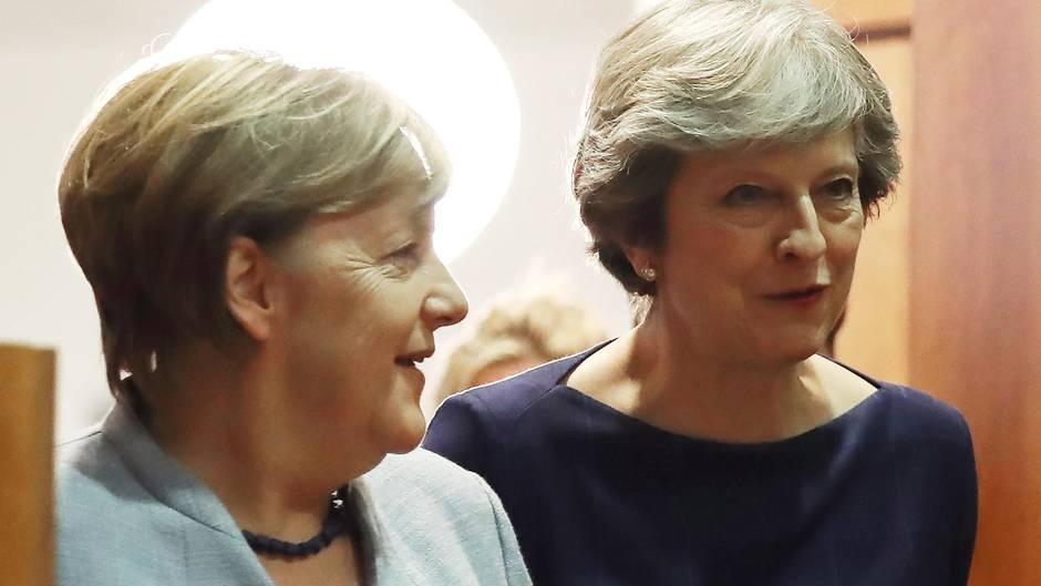 Angela Merkel und Großbritanniens Premierministerin Theresa May, hier im Oktober Brüssel