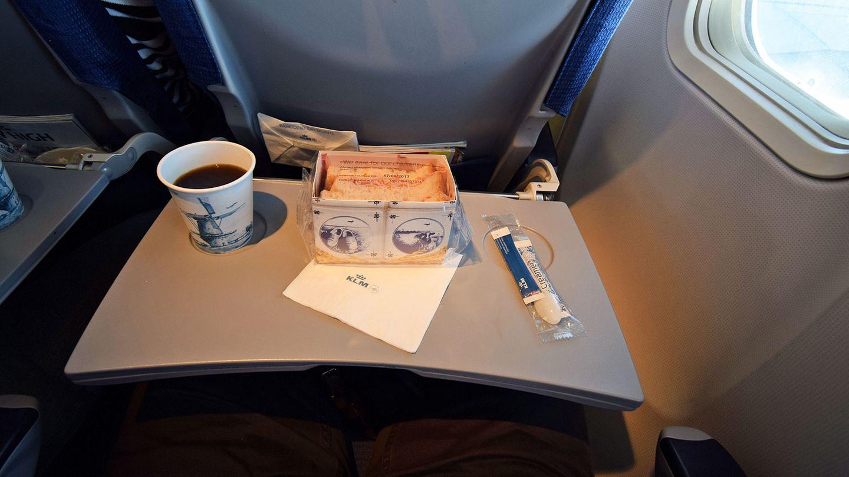 KLM, Economy Class: Hamburg - Amsterdam