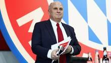 Uli Hoeneß, Präsident des FC Bayern München, gibt nicht nur Russland die Schuld an der Krim-Krise