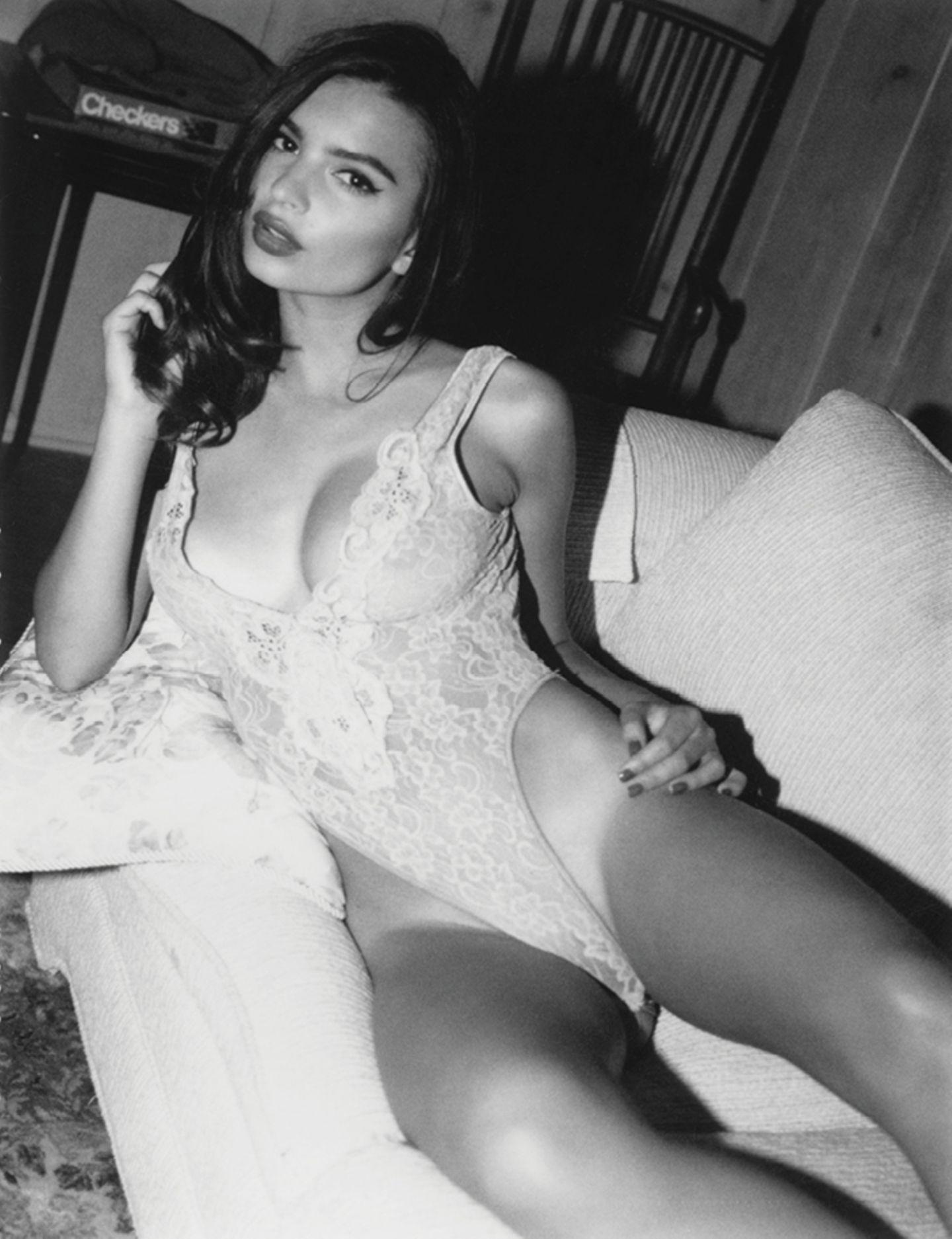 Emily Ratajkowski: Diese erotischen Polaroids wurden noch nie gezeigt