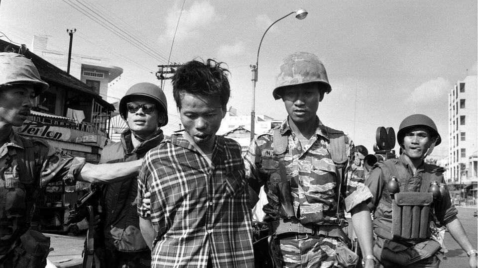 Iconic Vietnam War Photo