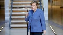 Bundeskanzlerin Angela Merkel am Rande der GroKo-Verhandlungen