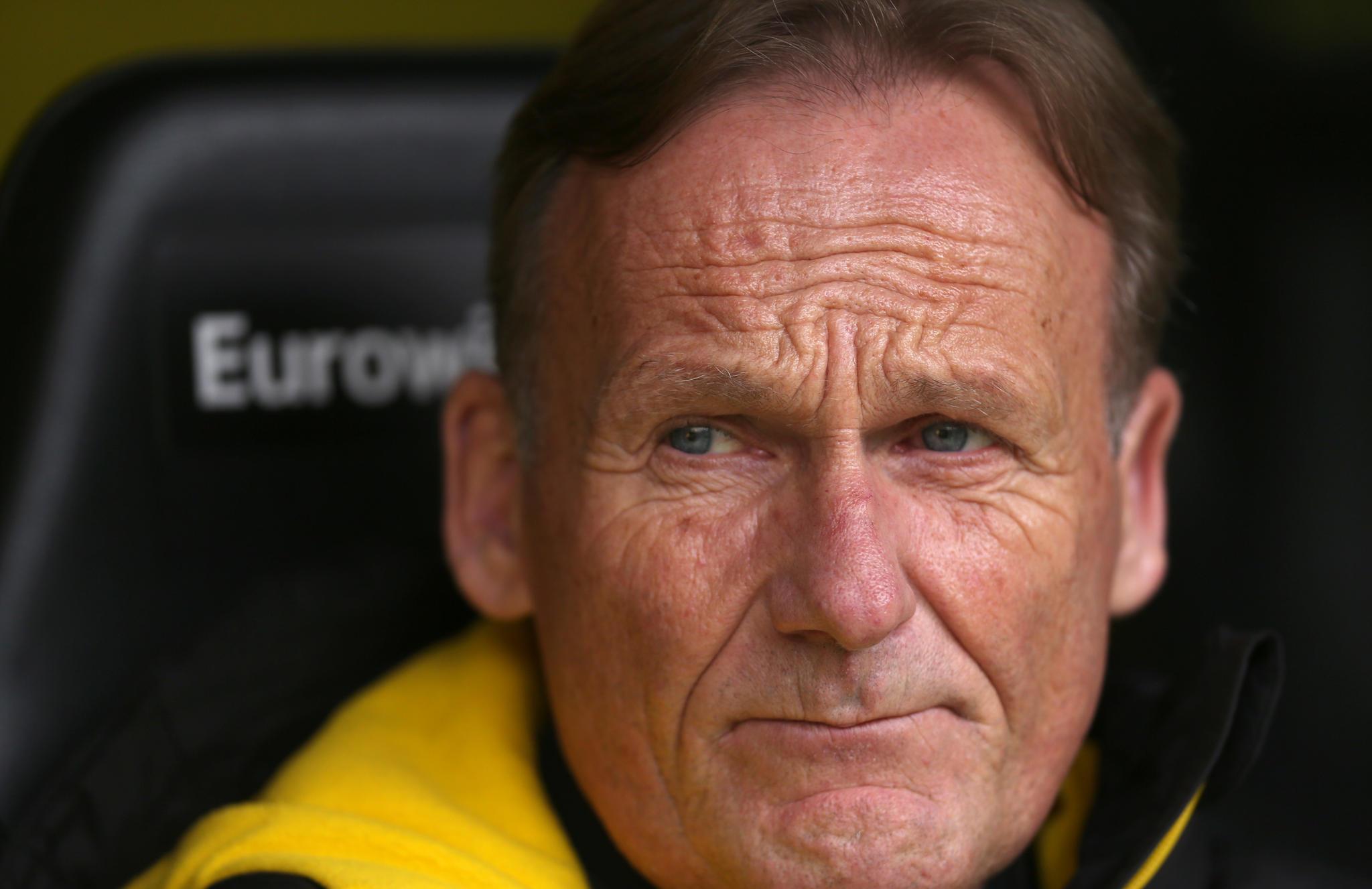 BVB-Boss Watzke will streikende Spieler auf die Tribüne verbannen | STERN.de