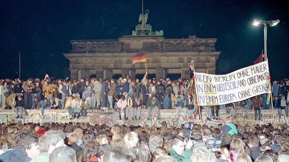 Ein Bild und seine Geschichte: Warum heute ein ganz besonderer Tag für die Berliner Mauer ist