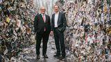 Sie sind die Köpfe hinter der Steinbeis Papierfabrik: Geschäftsführer Ulrich Feuersinger (links) und Volker Gehr.