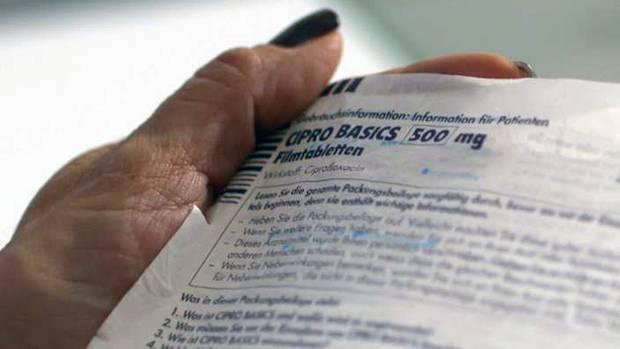 "Beipackzettel zu dem Antibiotika-Präparat ""Cipro Basics 500""."