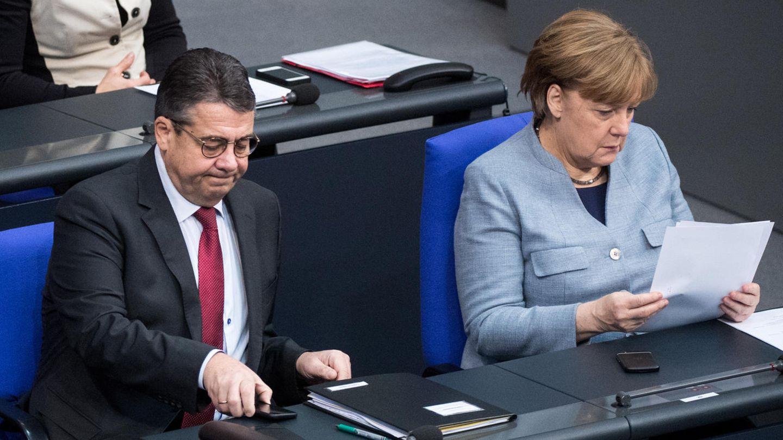 Sigmar Gabriel (SPD) und Bundeskanzlerin Angela Merkel (CDU)