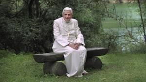 Seit seinem Rücktritt lebt Benedikt zurückgezogen hinter Vatikanmauern in einem Kloster (Symbolbild)