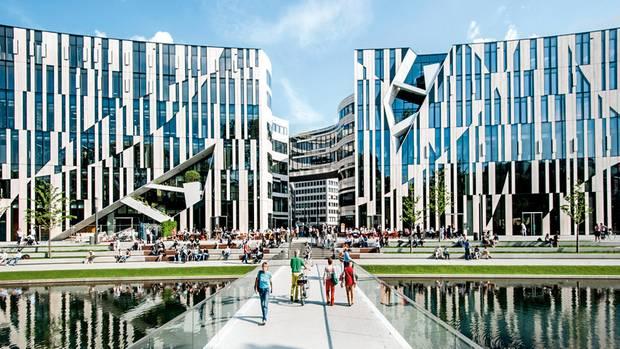Auch das Einkaufszentrum Kö-Bogen in Düsseldorf ist ein Zech-Projekt