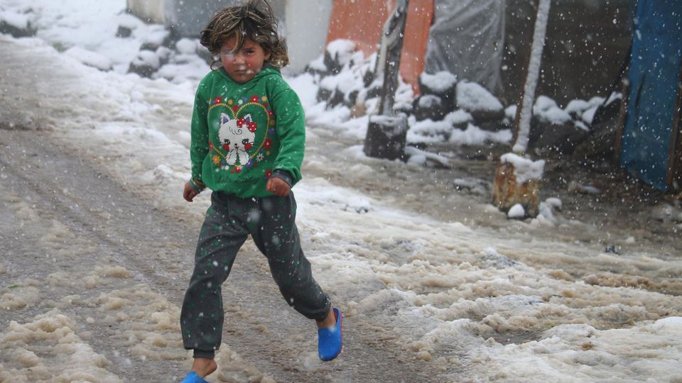 Der Winter setzt auch den Flüchtlingen in den Camps an der Grenze zum Libanon zu.