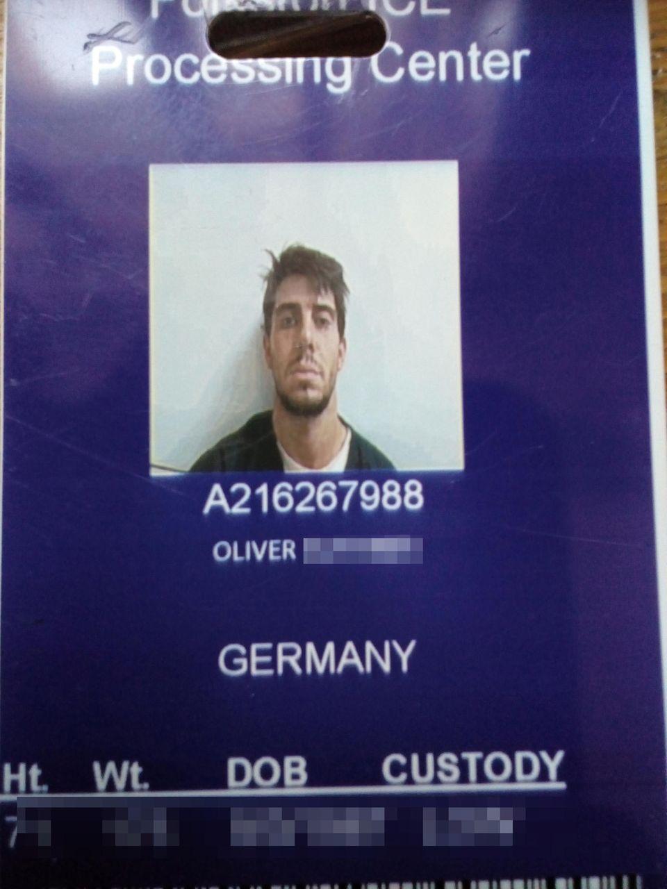 Oliver R. Gefängnis USA Ausweis