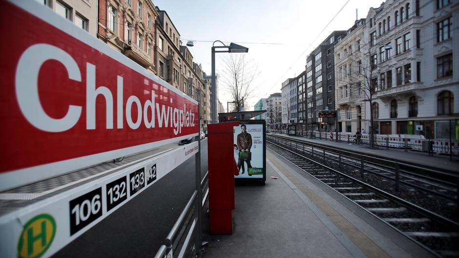Die Haltestelle Chlodwigplatz in Köln