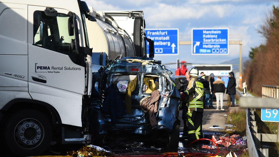 Nachrichten aus Deutschland: Unfall auf der A5