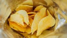 Eine Tüte mit Kartoffelchips