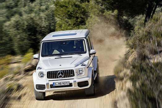 Mercedes AMG G 63 - 240 km/h schnell