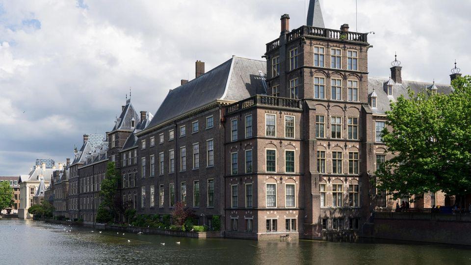 Neues Gesetz zur Organspende in den Niederlanden: Das niederländische Parlament in Den Haag