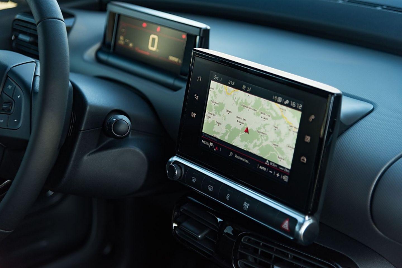 Der Sieben-Zoll-Touchscreen ist kapazitiv