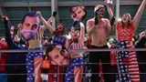 Rodel-Party: Yeah, US-Fans feiern Chris Mazdzer auf der Eisbahn. Der US-Rodler gewann Silber.