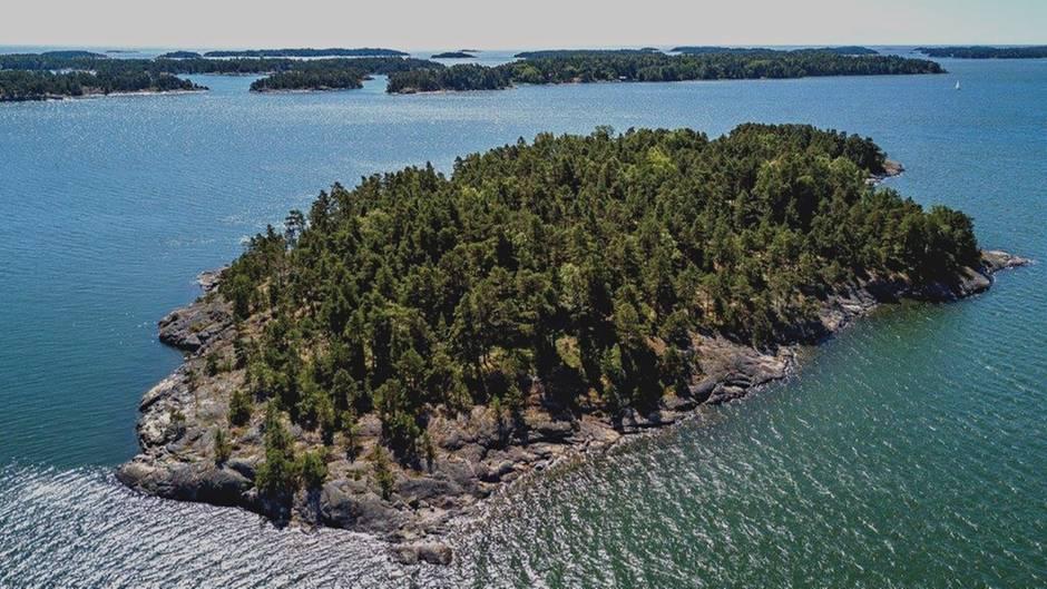 """Auf """"SuperShe-Island"""", einer 34.000 Quadratmeter großen Inselidylle vor der Küste Finnlands, sollen Frauen aus aller Welt urlauben, netzwerken und Pläne schmieden können - ganz ungestört von der Männerwelt."""