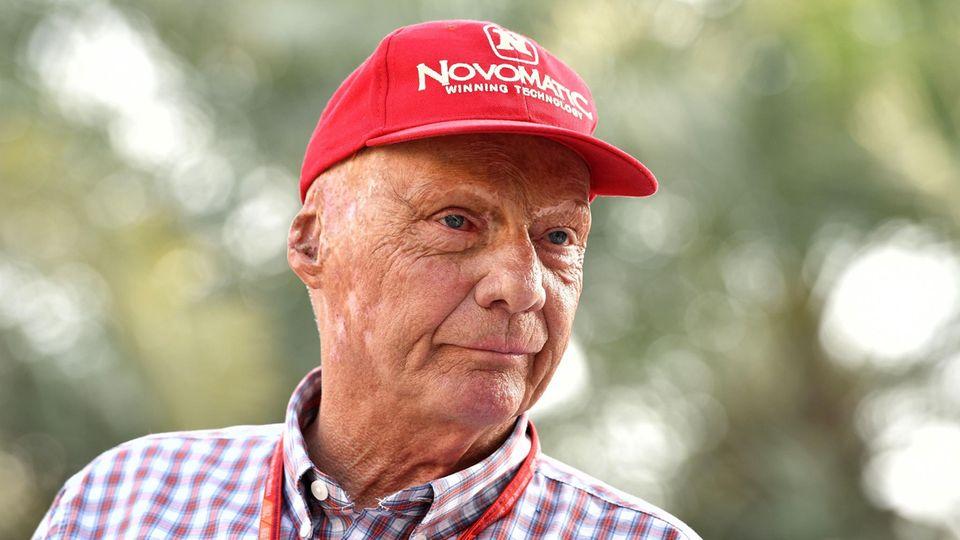 Dreimal war Niki Lauda Formel-1-Weltmeister. Das Vermögen des 68-Jährigen wird auf etwa 200 Millionen Euro geschätzt