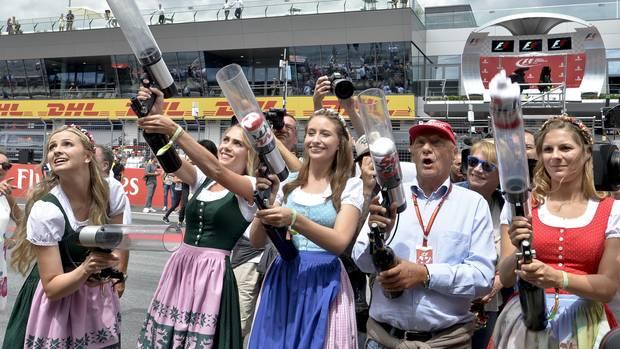 Lauda am Rande einer Formel-1 Veranstaltung