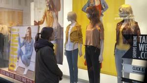 Jede Menge mode und Angebote in den Schaufenstern - und trotzdem monatelang nicht shoppen? Vielekönnen sich das kaum vorstellen.
