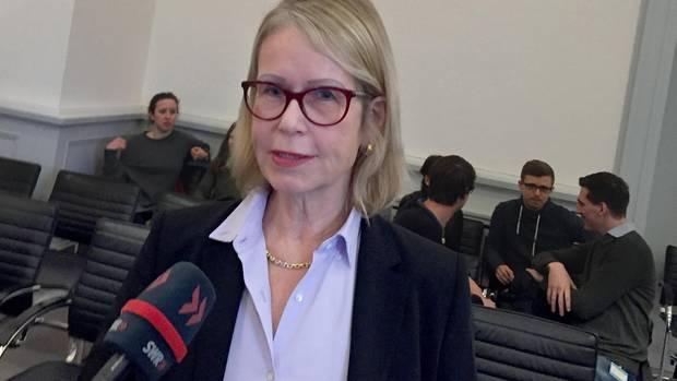 Rechtsstreit gegen Jameda: Die Kölner Hautärztin Astrid Eichhorn bei der Verhandlung