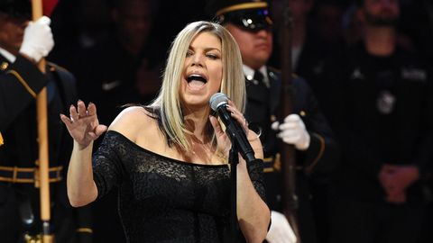 Fergie sang vor dem Allstar-Spiel der US-Baseketballliga NBA in Los Angeles die die Nationalhymne in einer Jazz-Version