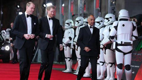 """Prinz William und Prinz Harry bei """"Star Wars"""""""