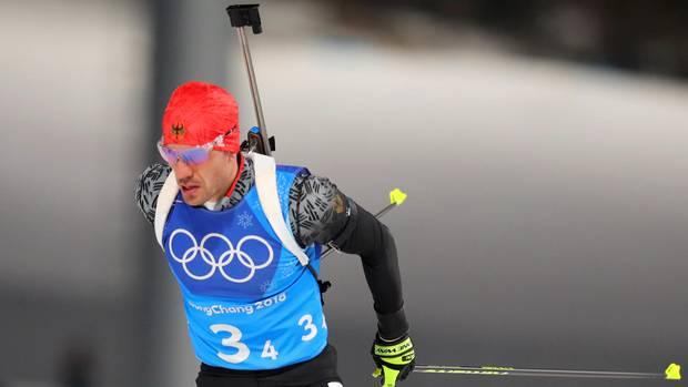 Arnd Peiffer verschießt eine Medaille für deutsche Biathlon Mixed-Staffel
