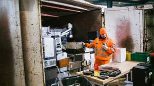 """Ein Riesengeschäft ist der Müll für die städtischen Entsorgungsbetriebe nicht.""""Wir versuchen kostendeckend zu arbeiten, aber wir machen keinen Gewinn"""", sagt der Leiter der Hamburger Recyclinghöfe."""