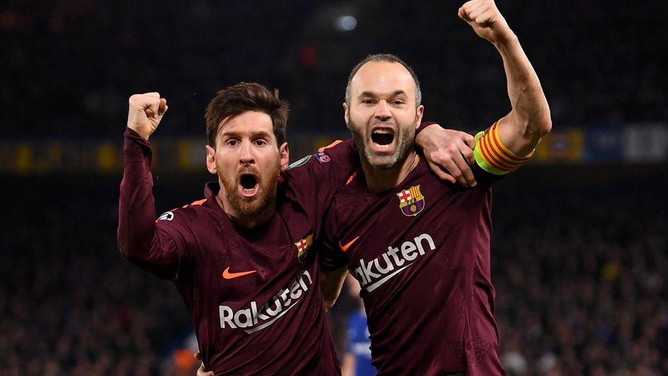 Lionel Messi (l.) hat zum ersten Mal gegen Chelsea getroffen