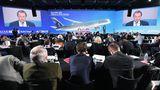 Großer Bahnhof bei der Erstauslieferung an Qatar Airways in Toulouse: Die arabische Fluglinie hat allein 37 Maschinen vom Typ A350-1000 bestellt und ist mit insgesamt 76 Exemplaren der A350XWB-Familieder weltweit größte Kunde dieses Flugzeugtyps.